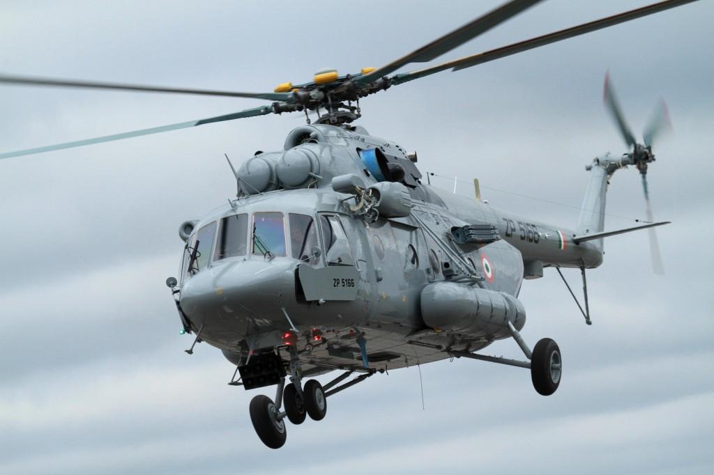 Helicóptero MI-17 indio.