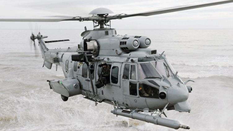 Helicóptero de rescate en combate CARACAL, versión del Cougar utilizado por las Fuerzas Armadas Españolas.