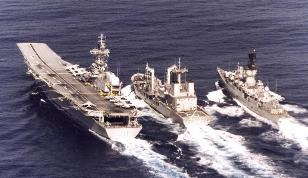 Una de las primeras maniobras del Marqués de la Ensenada. ¡Por fin teníamos un verdadero petrolero de flota!
