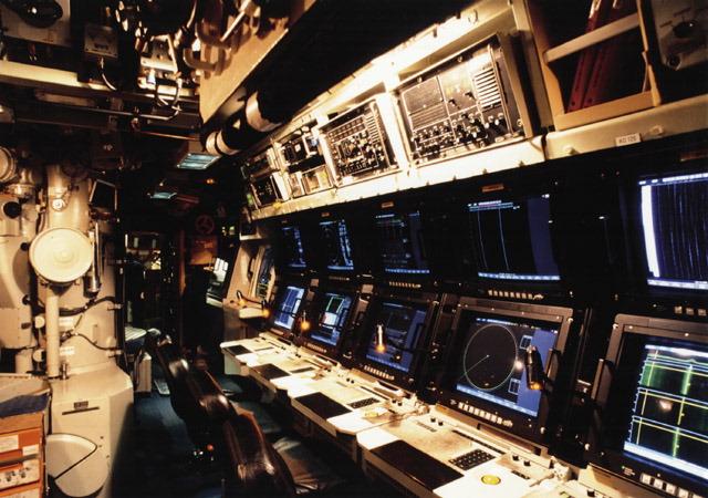 Cámara de mando de un submarino Agosta paquistaní, que cuenta con un sistema de combate y consolas integradas. ¿Podría adaptarse a los submarinos españoles?