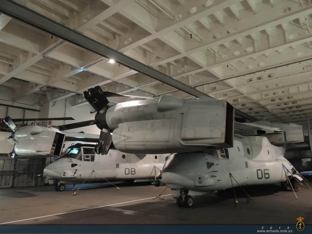 Los hangares del Juan Carlos I han demostrado su capacidad para albergar el MV-22 Osprey.